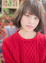 クラシカルな小顔ひし形ショートボブ(髪型ボブ)