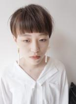 大人のマッシュショート(髪型ベリーショート)