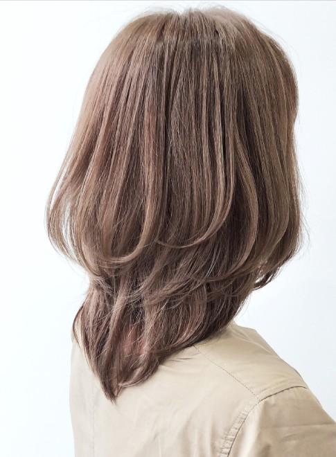 ミディアム 大人女性に大人気 ミディアムウルフ Afloat Japanの髪型