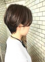 30代・40代◎キレイな暗髪ショート(髪型ショートヘア)