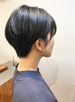 30代・40代◎襟足短めの暗髪ショート(髪型ショートヘア)