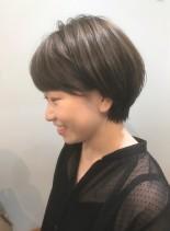 大人可愛い耳掛けショートヘア(髪型ショートヘア)
