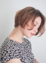 フレンチカールボブ(髪型ショートヘア)