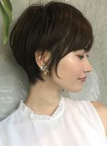 大人のレイヤーショートスタイル(髪型ショートヘア)