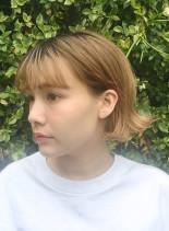 夏のハイトーンボブ(髪型ボブ)
