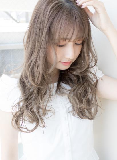 大人かわいい柔らかウェーブ(髪型ロング)