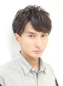 大人男性の爽やか短髪レイヤー(ビューティーナビ)