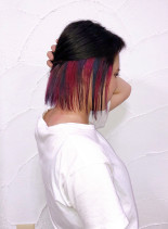 ミックスインナーカラー(髪型ボブ)