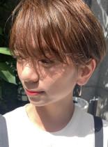 大人可愛い耳掛けショート(髪型ショートヘア)