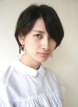 大人のやわらかいサイドパートショートボブ(髪型ショートヘア)