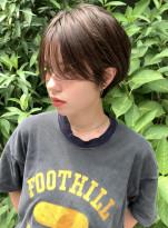 前髪長めの大人タイトショート