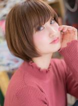 斜めバング&前下がりの横顔美人ショート(髪型ショートヘア)