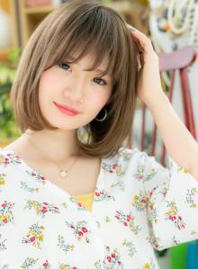 横顔美人☆インナーカラーの艶ボブディ(ビューティーナビ)
