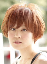 元気なマッシュスタイル(髪型ショートヘア)