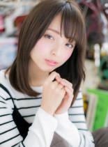 小顔ナチュラルストレート艶セミディ(髪型セミロング)
