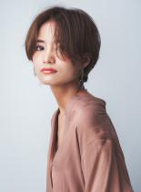 深めアッシュ アンニュイショートレイヤー(髪型ショートヘア)