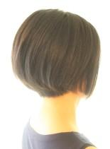 30代40代50代〜の大人ショートボブ(髪型ショートヘア)