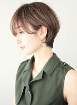 ニュアンスカールの綺麗くびれショート(髪型ショートヘア)