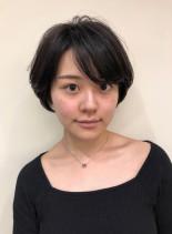 大人のスッキリひし形ショートカット(髪型ショートヘア)