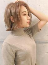 大人ハイトーンミディアム(髪型ミディアム)