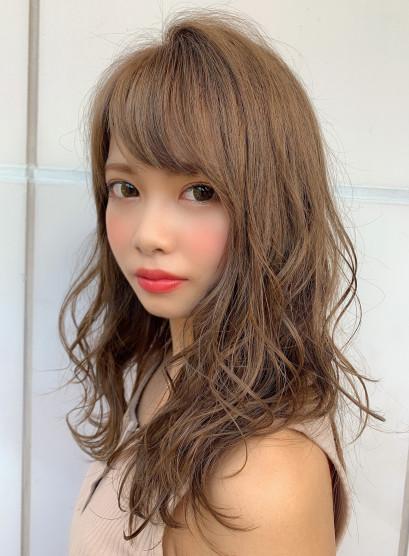 柔らかミルクティーベージュ(髪型ロング)