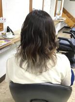 バレイヤージュグラデーションカラー(髪型セミロング)