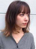 ナチュラルな無造作ミディ(髪型ミディアム)