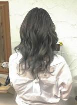 バレイヤージュグレーカラー(髪型ロング)