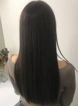 サラツヤストレート シアベージュ(髪型ロング)