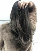 外国人風バレイヤージュ(髪型ロング)