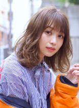 レイヤードミディ(髪型ミディアム)
