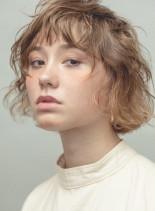 くせ毛を活かしたニュアンスボブ(髪型ボブ)