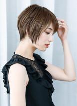 30代40代黄金比ボリュームショート(髪型ショートヘア)