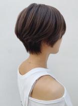 襟足スッキリベージュショート(髪型ショートヘア)