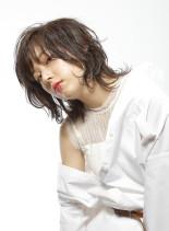 ランダムパーマのミディアムスタイル(髪型ミディアム)