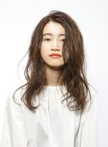 ふわナチュラルウェーブ(髪型セミロング)
