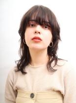 大人のリラックスウルフ(髪型ミディアム)