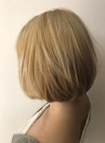ケアブリーチ レア髪ブリーチボブ