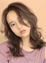 毛先の束感が可愛い☆セミディレイヤー(髪型セミロング)