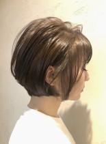 トップにボリューム◎バルーンショートボブ(髪型ショートヘア)