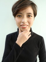 大人可愛い前髪長めショート(髪型ショートヘア)