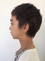ソフトウルフショートヘア(髪型ベリーショート)