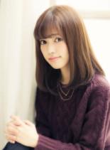 ツヤストレートセミディ(髪型ミディアム)