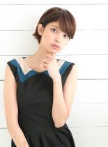 耳かけショート×小顔バング(髪型ショートヘア)