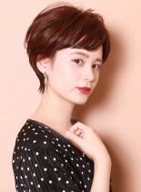 大人の耳掛けナチュラルショート(髪型ショートヘア)
