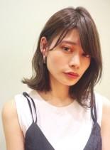 大人かわいいくびれ外ハネロブ(髪型ミディアム)