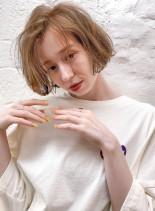 ブリーチ×1+ヨーロピアングレージュ(髪型ショートヘア)