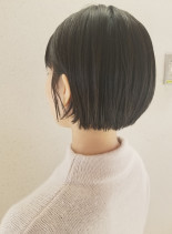 ナチュラルなのにかわいいショートボブ(髪型ショートヘア)