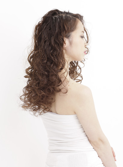 ソバージュスタイル(髪型ロング)