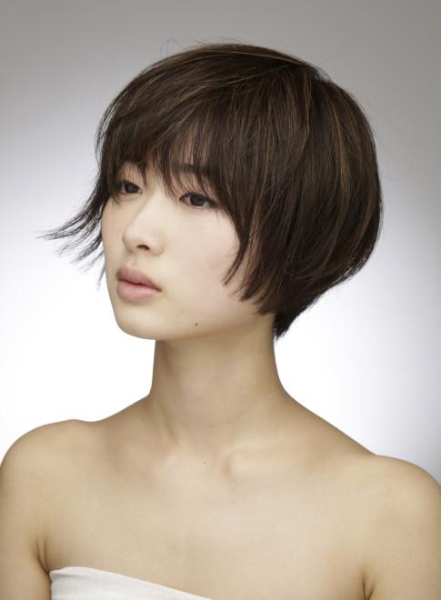 軽い 髪型